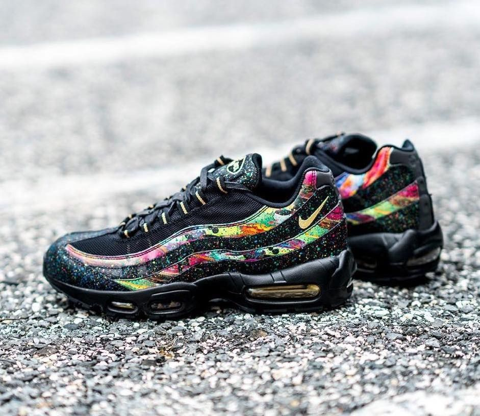 Nike Air Max 95 Galaxy Splatter On Sale For 13687 Retail 180 Via SNS Bitly 2JF13C1 Pictwitter U8jTtvQbQS