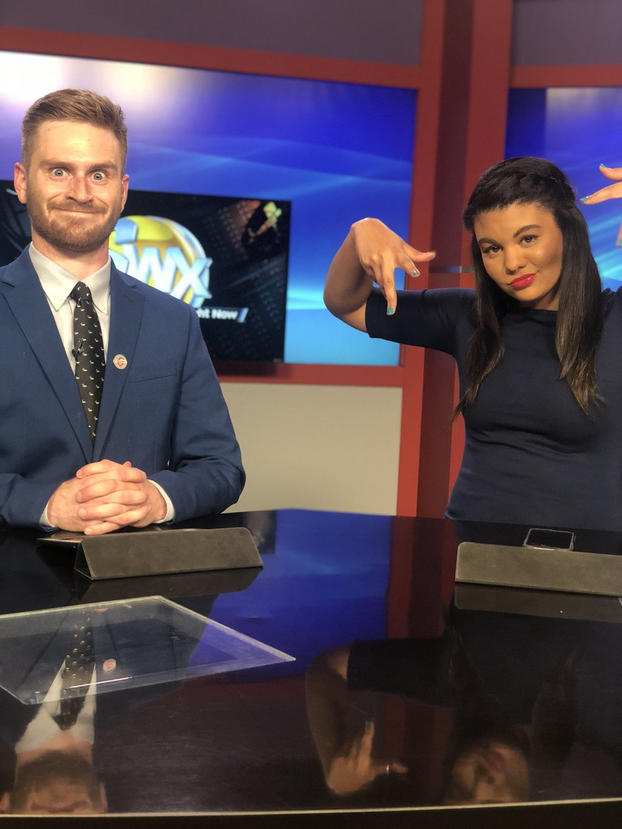 Day 5: I'm thankful for my coworker @AdamKFBB - you have made the transition to Great Falls manageable In so many ways, and I'm so glad to call you my FRIEND!  #ThankfulnessChallenge #BlueCrew<br>http://pic.twitter.com/GQXSIkAKwk