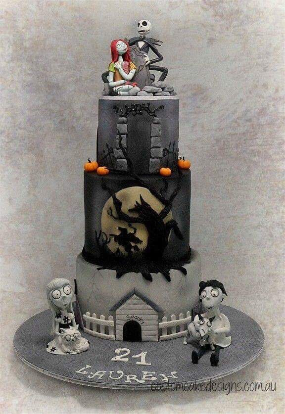 #Cake 🍰 Awesome of the Day: #TimBurton Inspired Pièce Montée #Weddingcake 💍 made by Custom Cake Design via @GhouliaChilds #SamaCake 🎂