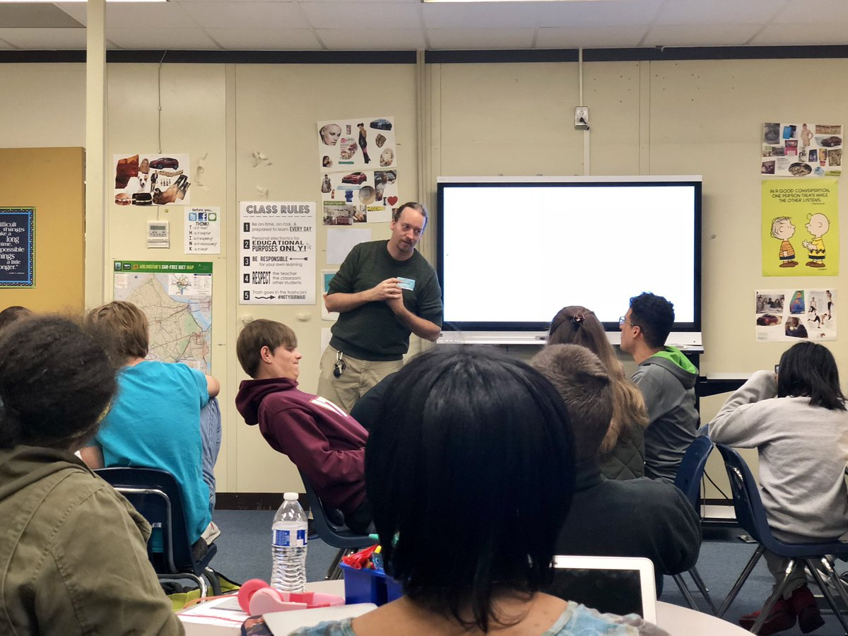 Travis from the Arlington Employment Center came to talk with our PEP students today about the Ticket to Work Program. <a target='_blank' href='http://twitter.com/APSCareerCenter'>@APSCareerCenter</a> <a target='_blank' href='https://t.co/wN9VEm22CX'>https://t.co/wN9VEm22CX</a>