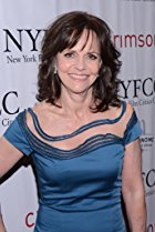 Happy birthday to the lovely Sally Field today!