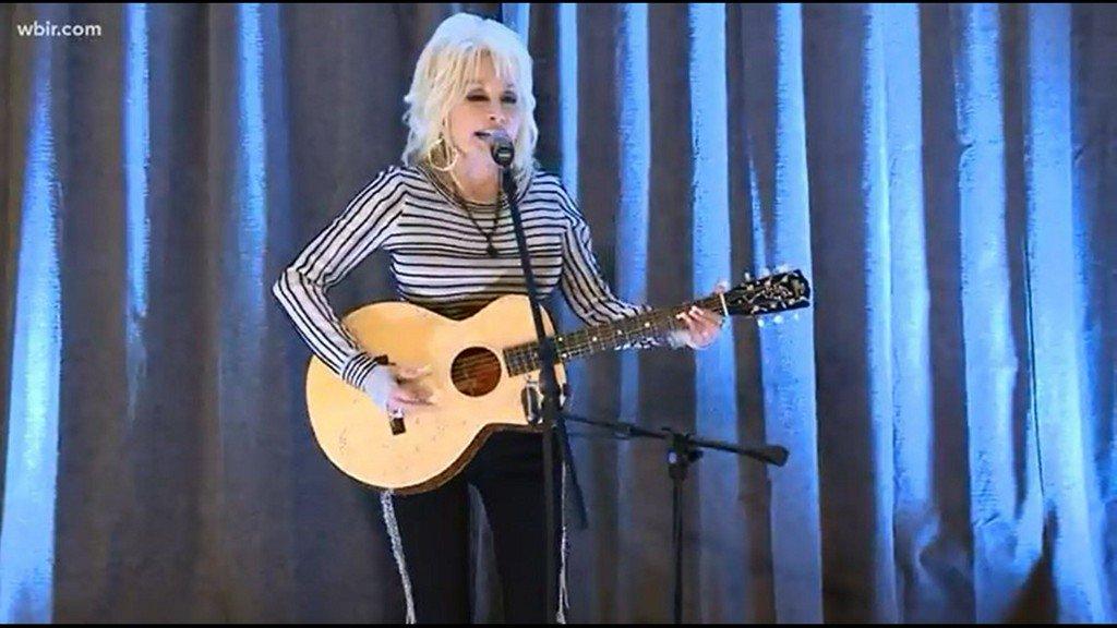 Netflix Julianne Hough Jolene Dolly Parton Netflix Series