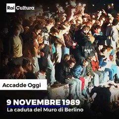 🗓 #AccaddeOggi  Il #9novembre 1989 si apre la breccia nel muro di #Berlino.  #CondividiLaCultura 📚  #MurodiBerlino https://t.co/g0rRzDnexI