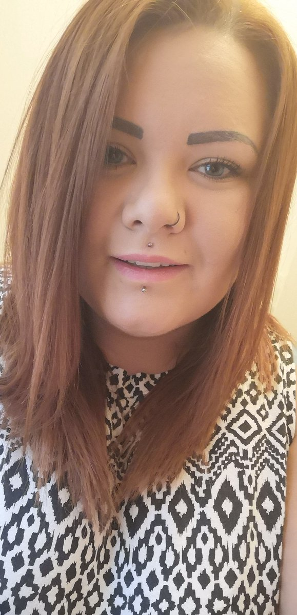 Melissa E2 99 A5 On Twitter Tried Smiling For A Change Daint I  F0 9f A4 B7 F0 9f 99 88 Smile Nopout Teeth Piercing Blueeyes Snapchat Bbw Selfie Sorrynotsorry