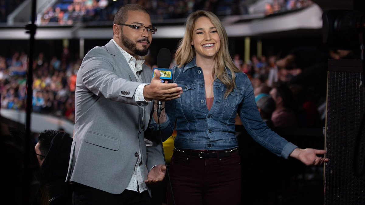 I&#39;ll never get over how good it feels to work with the ones I love. :) Got a shout-out on the @OverwatchLeague blog for this pic of me and @GoldenboyFTW addressing the All Access #VirtualTicket stream and I think my joy shows!   #OWWC Photo Blog:  https:// overwatchleague.com/en-us/news/226 39411/photos-our-favorites-from-the-overwatch-world-cup &nbsp; … <br>http://pic.twitter.com/OnQOW1WiUD