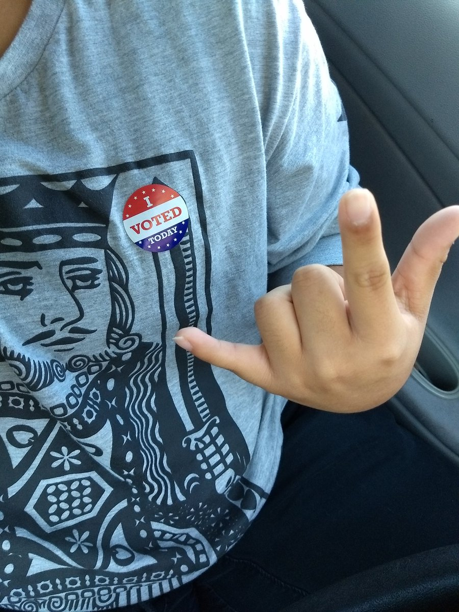 I was the 12th person to cast their ballot at like 07:15 this morning lmao #iVoted #ElectionDay #PowerToThePolls #BetoForTexas #VamosValdez https://t.co/zJaZs6U1A2