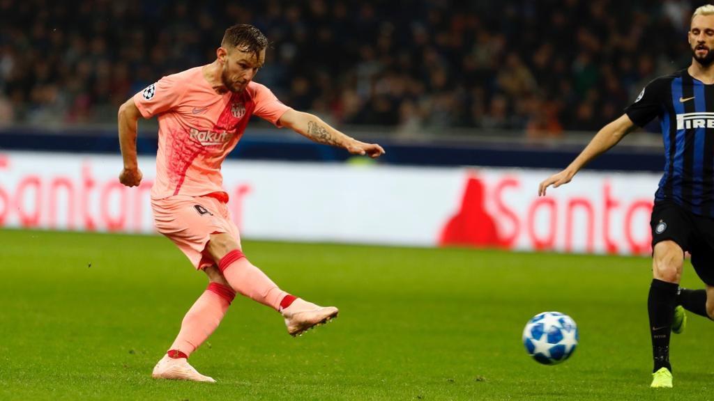 صور مباراة : إنتر ميلان - برشلونة 1-1 ( 06-11-2018 )  DrWsHDoXgAAP5Jj
