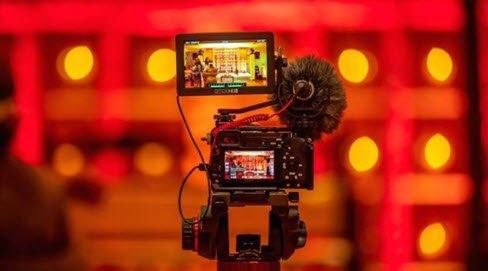 Short form video is the new wave of storytelling ---> https://t.co/hmbB6RnvPI https://t.co/WYLlhv48YL
