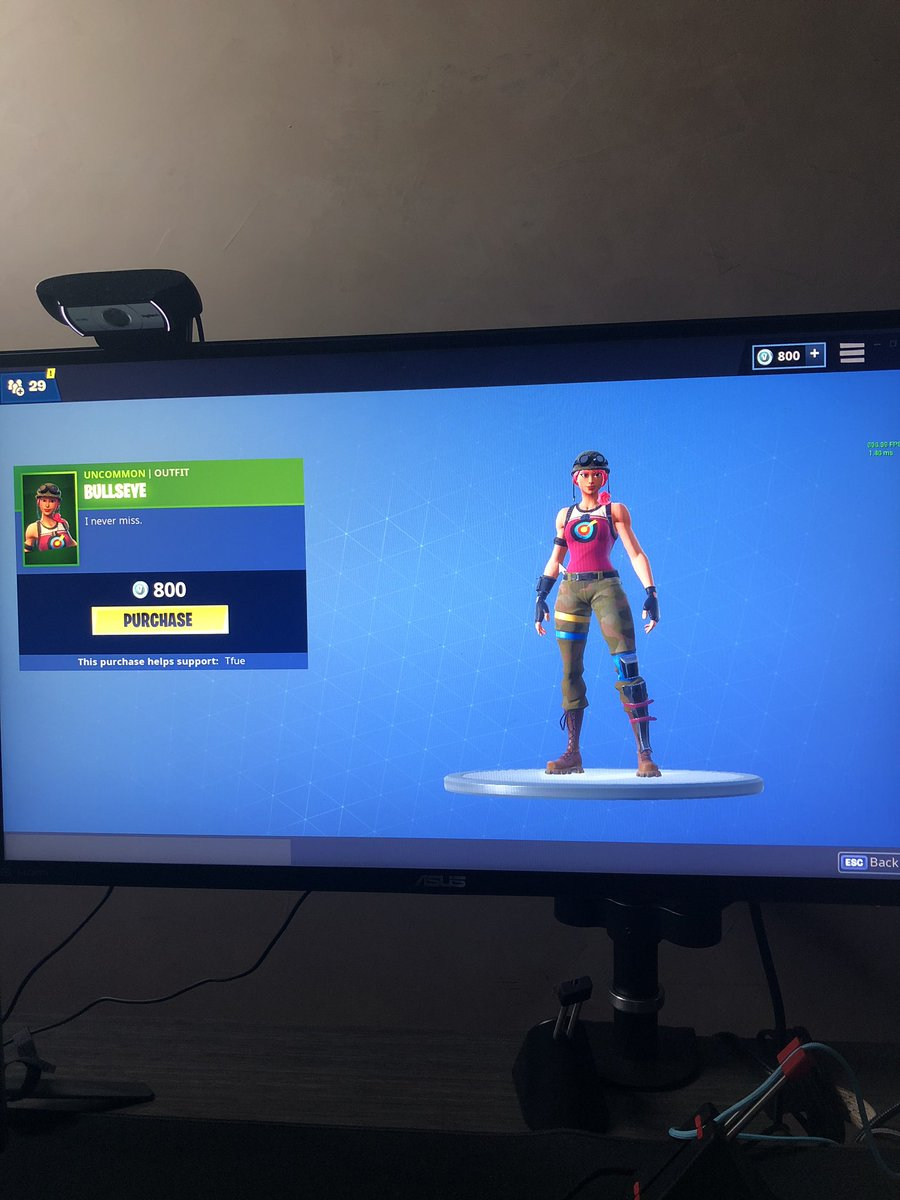 Replying to @TTfue: 100,000 RETWEETS AND ILL BUY A SKIN 😂