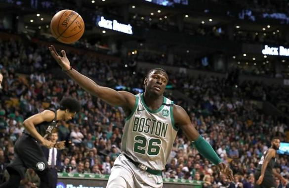 New post (Celtics player Jabari Bird reportedly arrested in Boston Friday night) has been published on news-news -  https:// news-news.ml/celtics-player -jabari-bird-reportedly-arrested-in-boston-friday-night/ &nbsp; … <br>http://pic.twitter.com/FGtq1OUI1Q