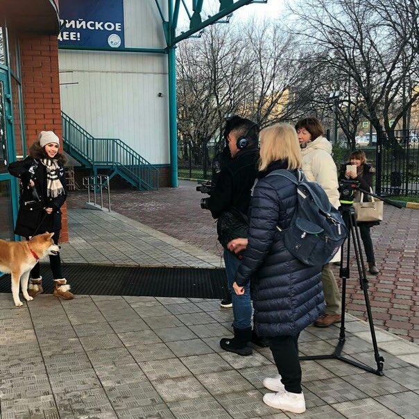Алина Ильназовна Загитова-2   Олимпийская чемпионка - Страница 3 DrYbq4lU0AAbuHk