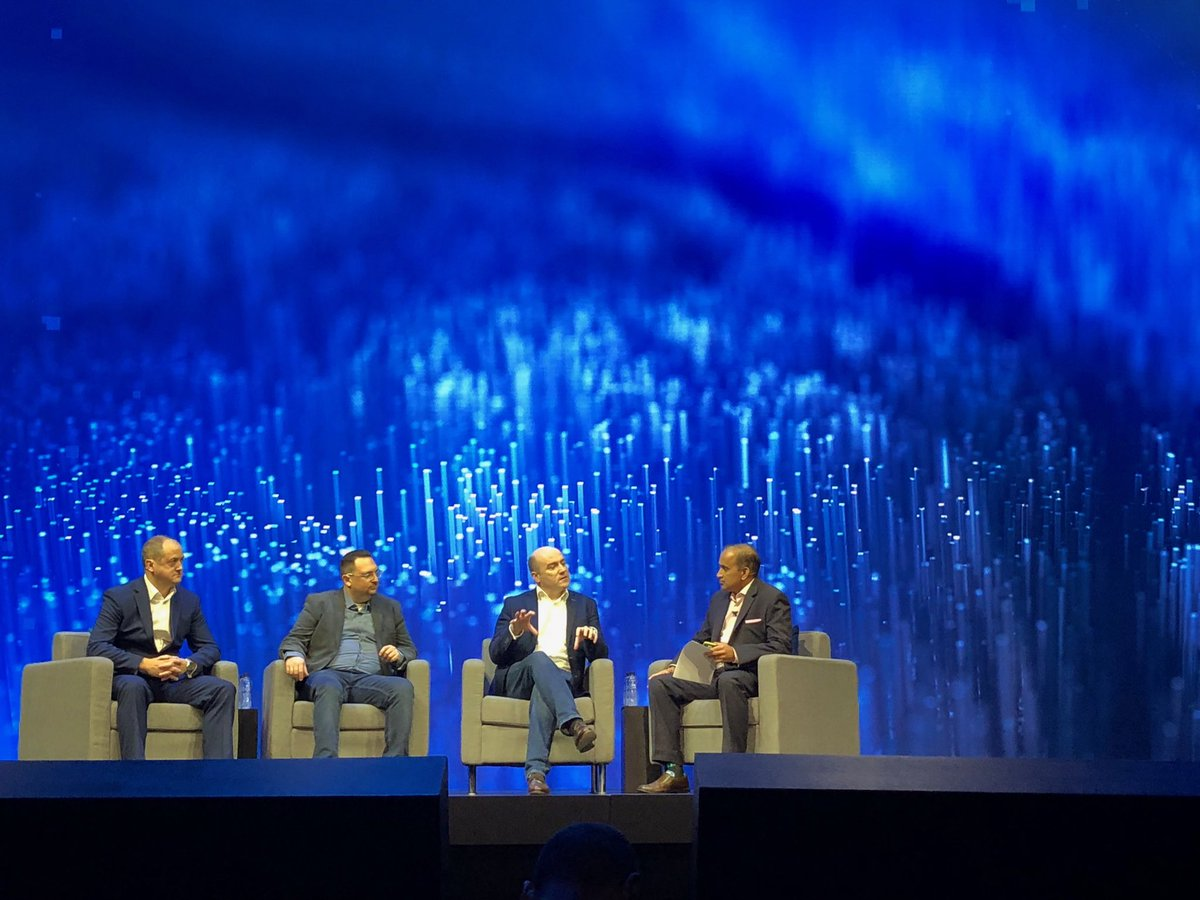 Shekar Ayyar On Twitter Awesome To See Fran Heeran From VodafoneUK Talk About NFV 5G And Telcocloud During Spoonen Keynote At Vmworld2018