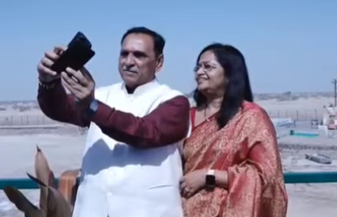 Seema Darshan programme has attracted 10-lakh visitors: Chief Minister Rupani at Nadabet border