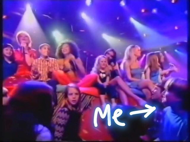 Sitting by the @spicegirls feet during Mama on TOTP. Still my claim to fame. @emmaleebunton, this was actually the first time we met 😂 Bring on the tour! 🤘🏻 Photo
