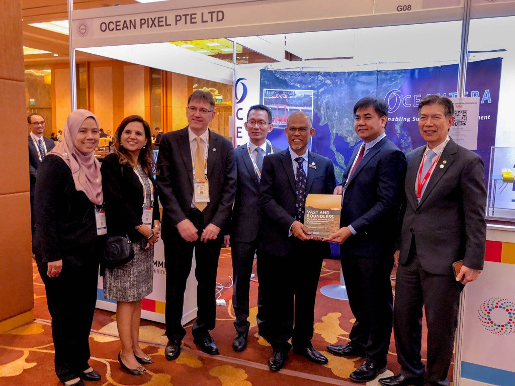 OceanPixel Presents at Asia Clean Energy Summit (ACES)2018 http://www.oceanpixel.org/oceanpixel-collaborates-with-seed4com-to-publish-book-and-short-film-on-marine-renewables-in-southeast-asia-2-2-2/…
