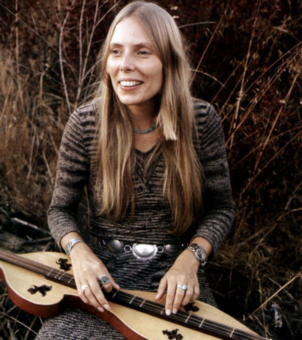 Happy 75th birthday to the incomparable Joni Mitchell... (Photo: Getty)