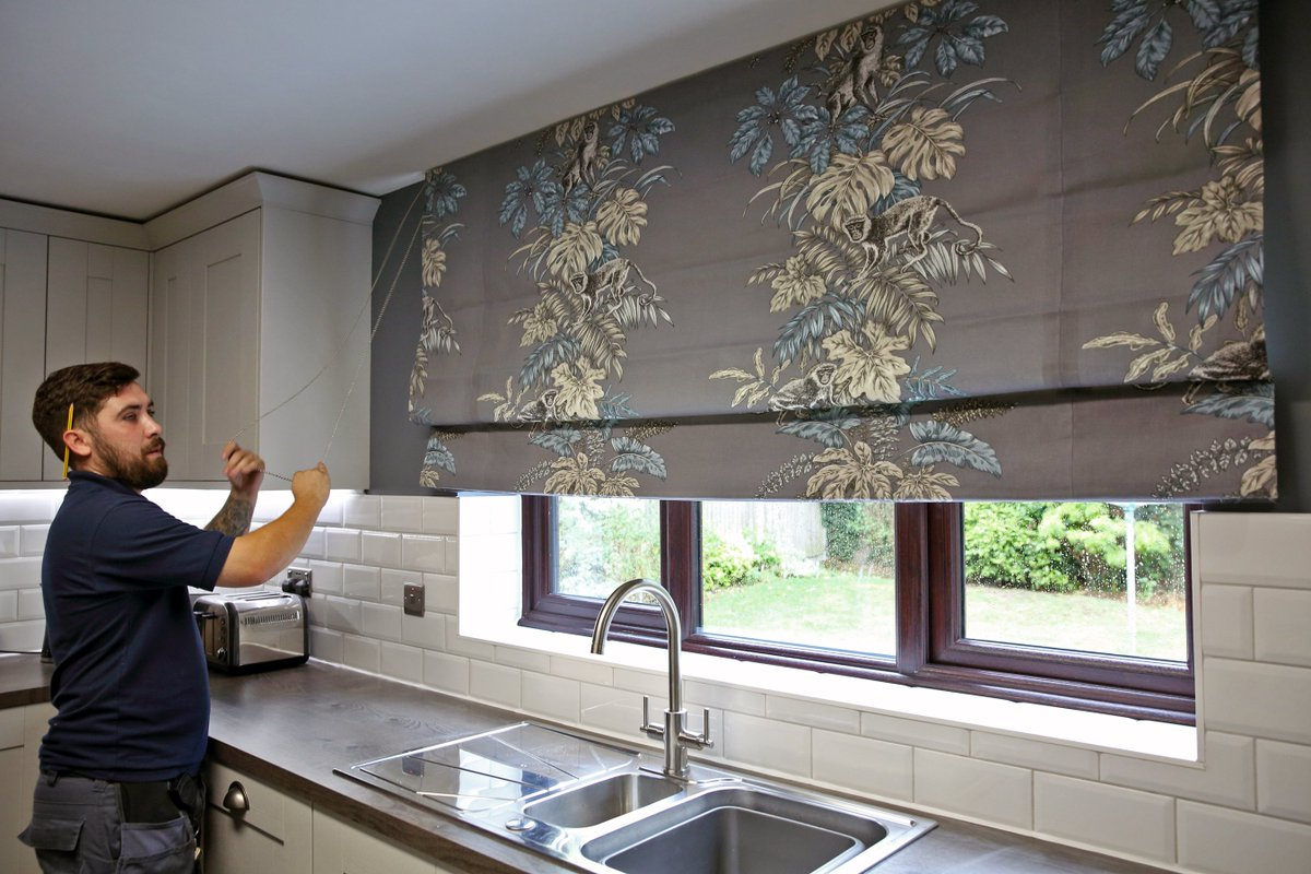 Great to see @NorwichSunblind bus campaign pic today... Ive needed their services again this year and havent been disappointed! Heres their installation of my beautiful new roman blind with @ilivhome #monkeyingaround fabric