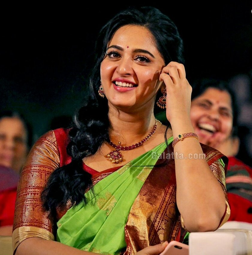 #HBDAnushkaShetty - 57K #HappyBirthdayAnushkaShetty - 5.1K #HBDAnushka - 2.3K #HappyBirthdayAnushka - 1.1K Totally 65.5K Birthday Tweets ❤💪 Purely #AnushkaShetty Fans Mass Thank You For All The Fans Who Wished Our Sweety Whole Heartedly 🙏😊 @Anushka_ASF @TeamASF7