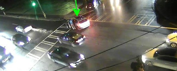 ►Providence Rd @ Colville rd this wreck is in the center of the intersection #CltTraffic #Charlotte #Clt<br>http://pic.twitter.com/KaptpHrNzv