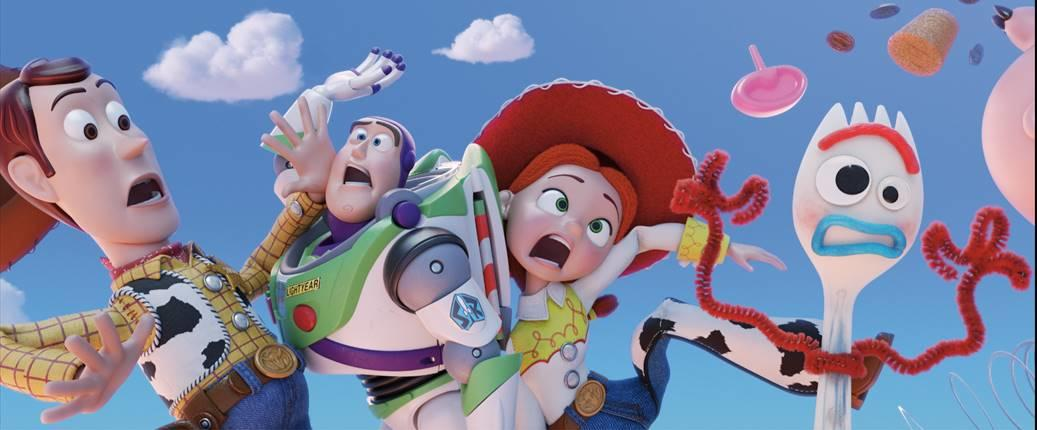 Meet all the NEW characters in the first TOY STORY 4 trailers �� >>> https://t.co/K3DENzElVR https://t.co/jj6rIj3Zjv