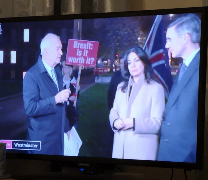 Watching the @Channel4News team juggle cameras to avoid protesters is almost providing as much entertainment as the circus going on in @10DowningStreet #brexitfail #bbcpm Photo
