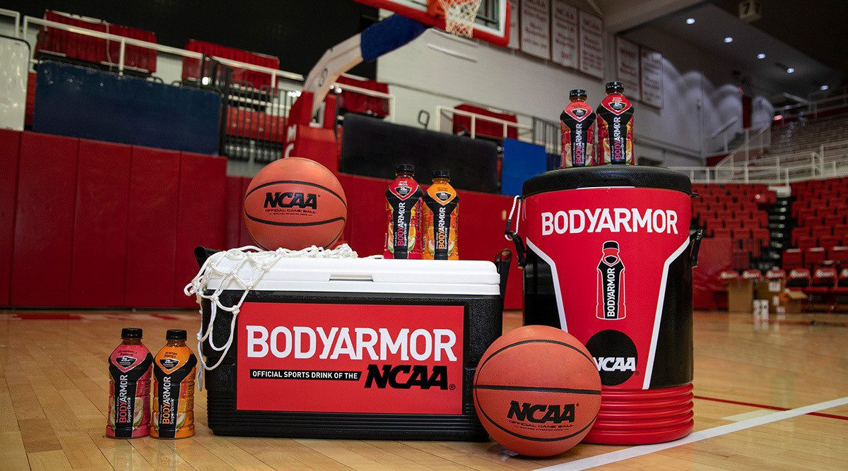 If @DRINKBODYARMOR was on the sidelines when I played, I wonder if I would have won 4 NCAA Championships? Today's student-athletes will have a new Official Sports Drink of @NCAA and @MarchMadness! #ObsessedWithBetter