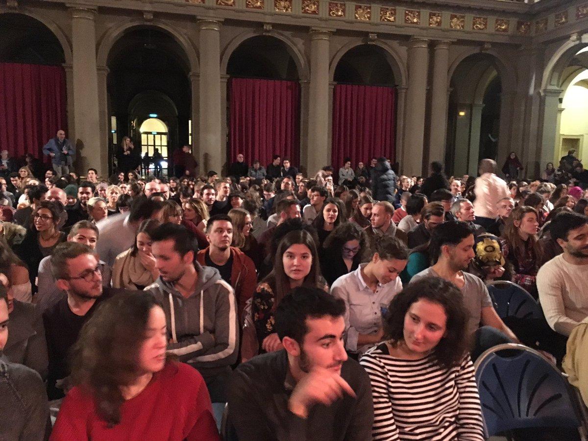 La #culture à @unistra fait tous les ans la part belle à la grande musique : salle comble pour le #concerto dé #Sibélius par Axel Kober et Charlotte Juillard - super cast ! Merci @OPStrasbourg @DenekenMichel @AlainFontanel @ElsaSchalck https://t.co/v6qTgk7POs