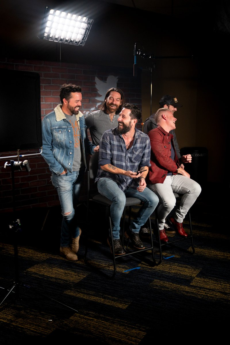 Check out @OldDominion backstage at rehearsals for the #CMAawards where they're nominated for Vocal Group of the Year. Tune in tonight at 8/7c 💫