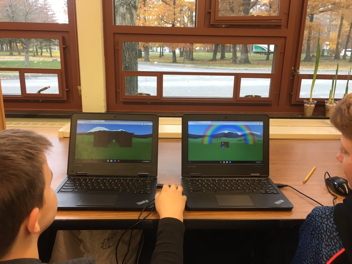 This week we are building long houses using #Cospaces @m_drez @mbfxc