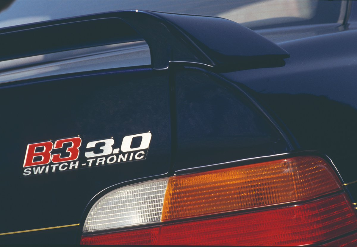 """ALPINA SWITCH-TRONIC 2/4 For this purpose, the terminology """"SWITCH-TRONIC"""" was registered with the Trademark Office in January 1992. ALPINA became the first manufacturer worldwide to offer what is today standard. Porsche followed two years later in 1994 with the Tiptronic S."""