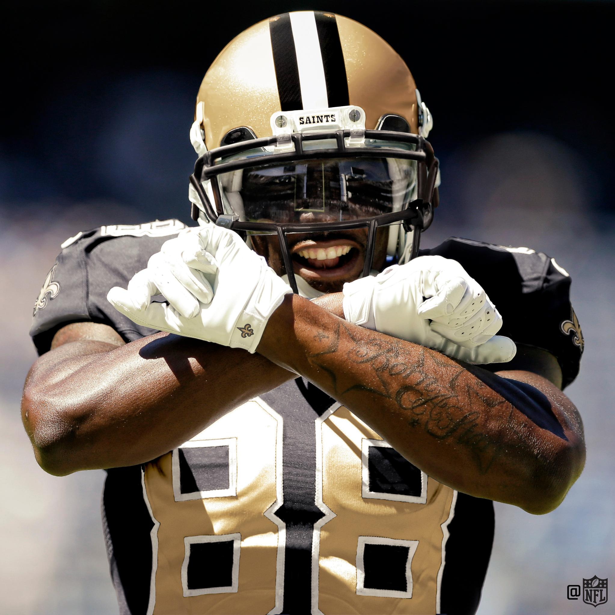 Welcome to the @Saints, @DezBryant!  #GoSaints https://t.co/Wz3ItwFh5a