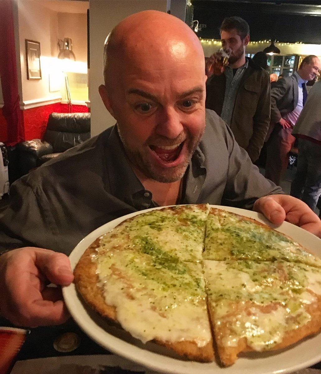 """Oscar is so excited having his """"Pesto e Stracchino"""" #Pizza. Which pizza is your favourite? @TheShakespeare1#lapialondon #theshakespearebarbican #barbicanpic.twitter.com/EsTS5XnWTx"""
