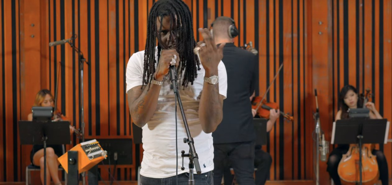 "Watch @ChiefKeef perform ""Faneto,"" 'Love Sosa,' and ""Belieber"" with a live orchestra https://t.co/Jm6PUvHe6d https://t.co/FecrEyKbwm"