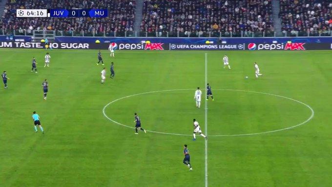 A pesar de la derrota contra el United, Cristiano hizo este brillante gol para la Juventus en esta jornada de #CHAMPIONSxESPN. Foto
