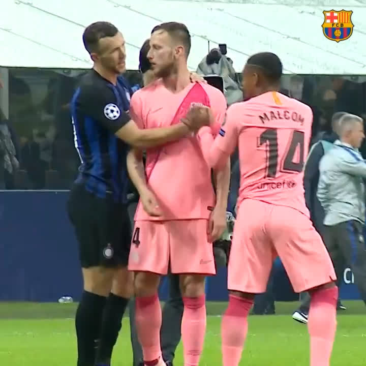 ��What you haven't seen from #InterBarça  �� Full video �� https://t.co/EqtMJBWO6J https://t.co/kem1Yvd2gb