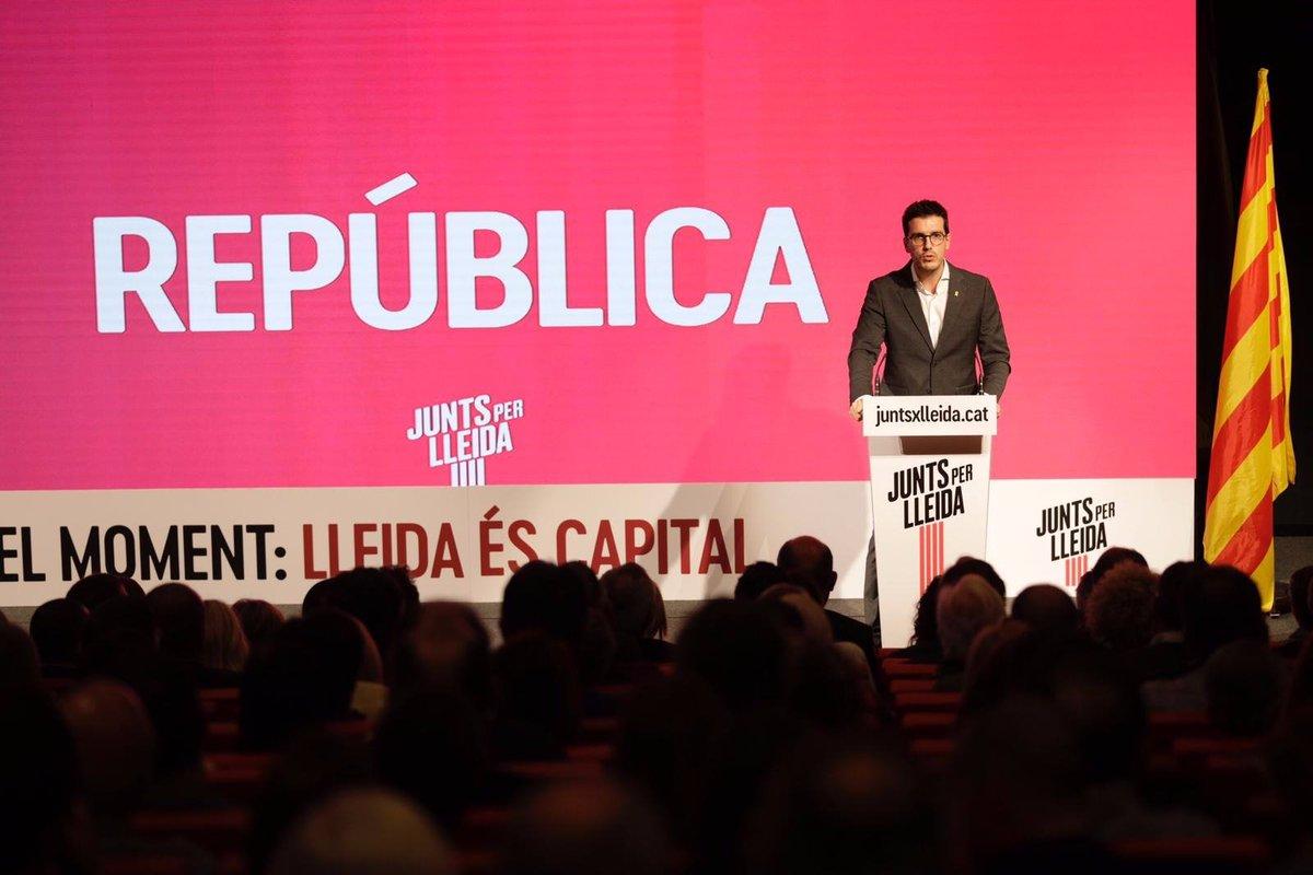 Acto de presentación de Junts per Lleida DrbX3VeW4AAy-kA