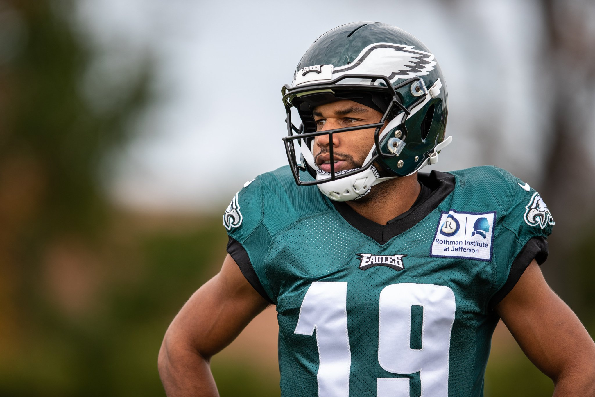 .@ShowtimeTate looking fly.  #FlyEaglesFly https://t.co/DBFP5h9sI1