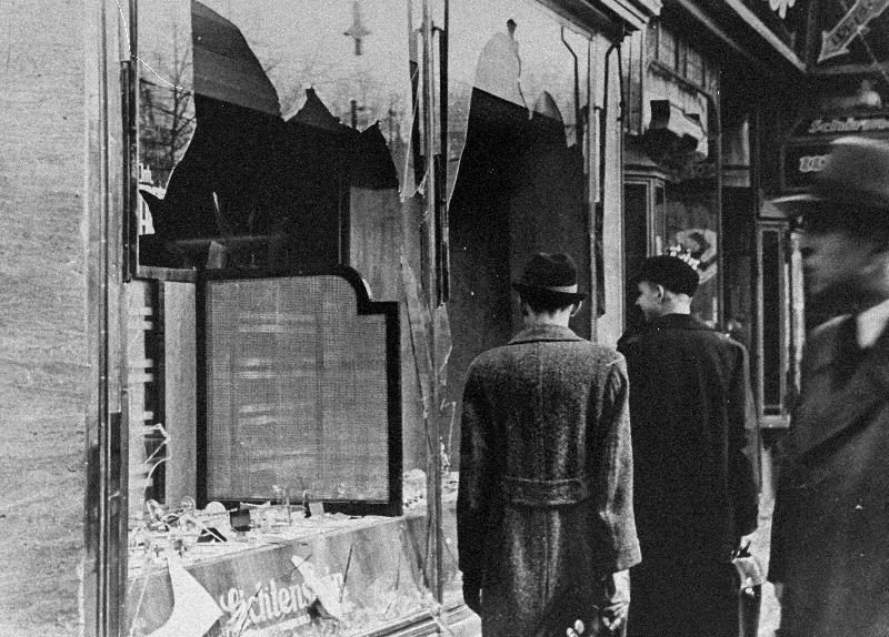 Archival discovery at Catholic U. leads to #Kristallnacht remembrance. https://t.co/yHMFDccxRp via @CatholicPhilly