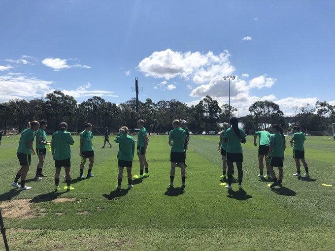 Time for matchday -2 training ahead of our clash against @LaRoja. #GoMatildas #AUSvCHI Photo