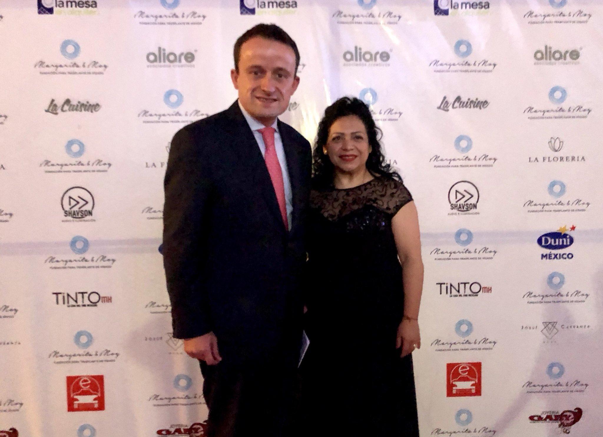 Arribo con mucho gusto a presentación oficial de #MargaritayMoy, Fundación para el #TrasplanteDeHígado https://t.co/oHuxtZVpgd