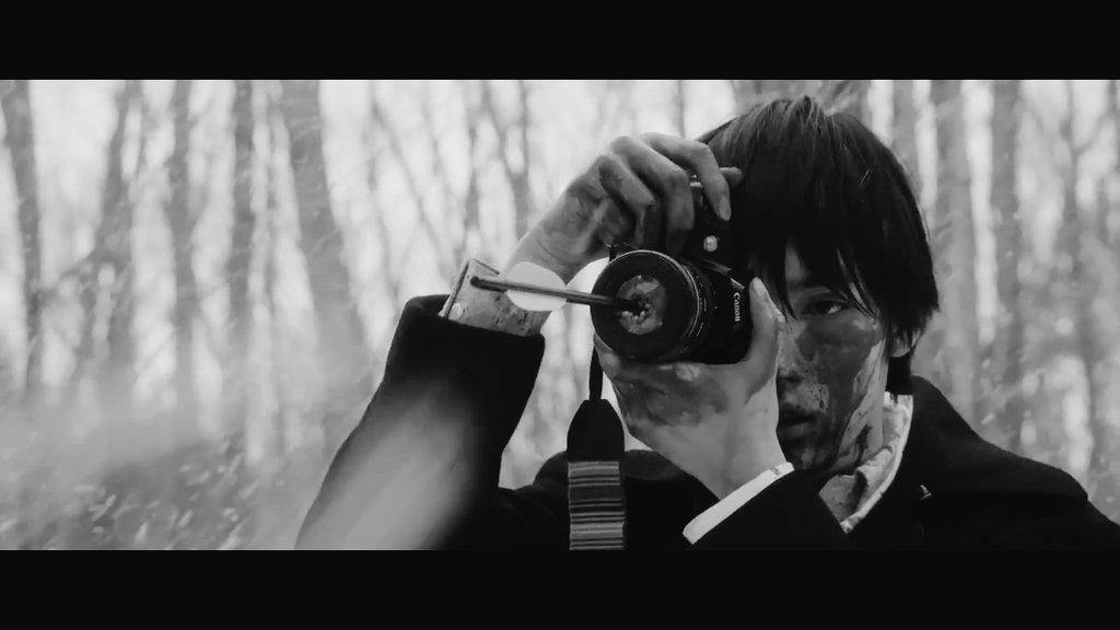 "ʟᴀʟᴀɪɴᴇ ▫ #AIBS2 🔜 on Twitter: ""a tragically beautiful, bloody and gorey film. ❄ #ミスミソウ #Liverleaf #山田杏奈 #清水尋也… """