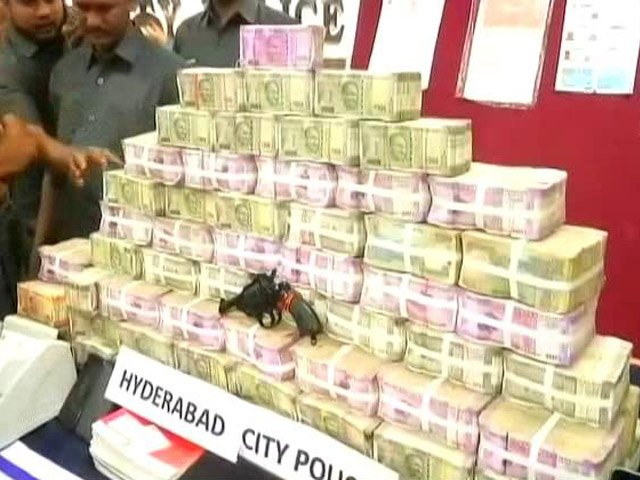 Over 7 crores in cash, 'bribe for voters', found ahead of Telangana polls  Read here: https://t.co/V7KS6VUAb6 https://t.co/aj3ioAlWQy
