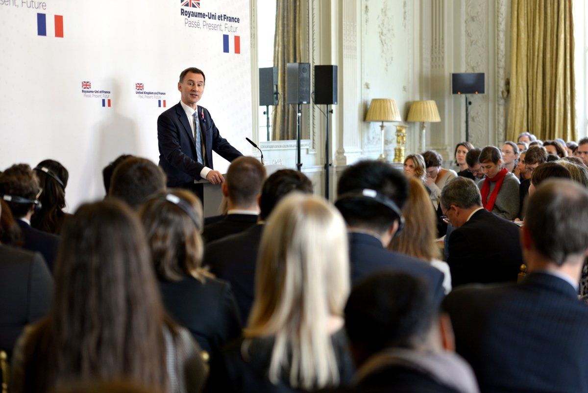 Foreign Secretary @Jeremy_Hunt has delivered a speech in Paris.  Britain and France: Past, present and future.   Thread ⤵️