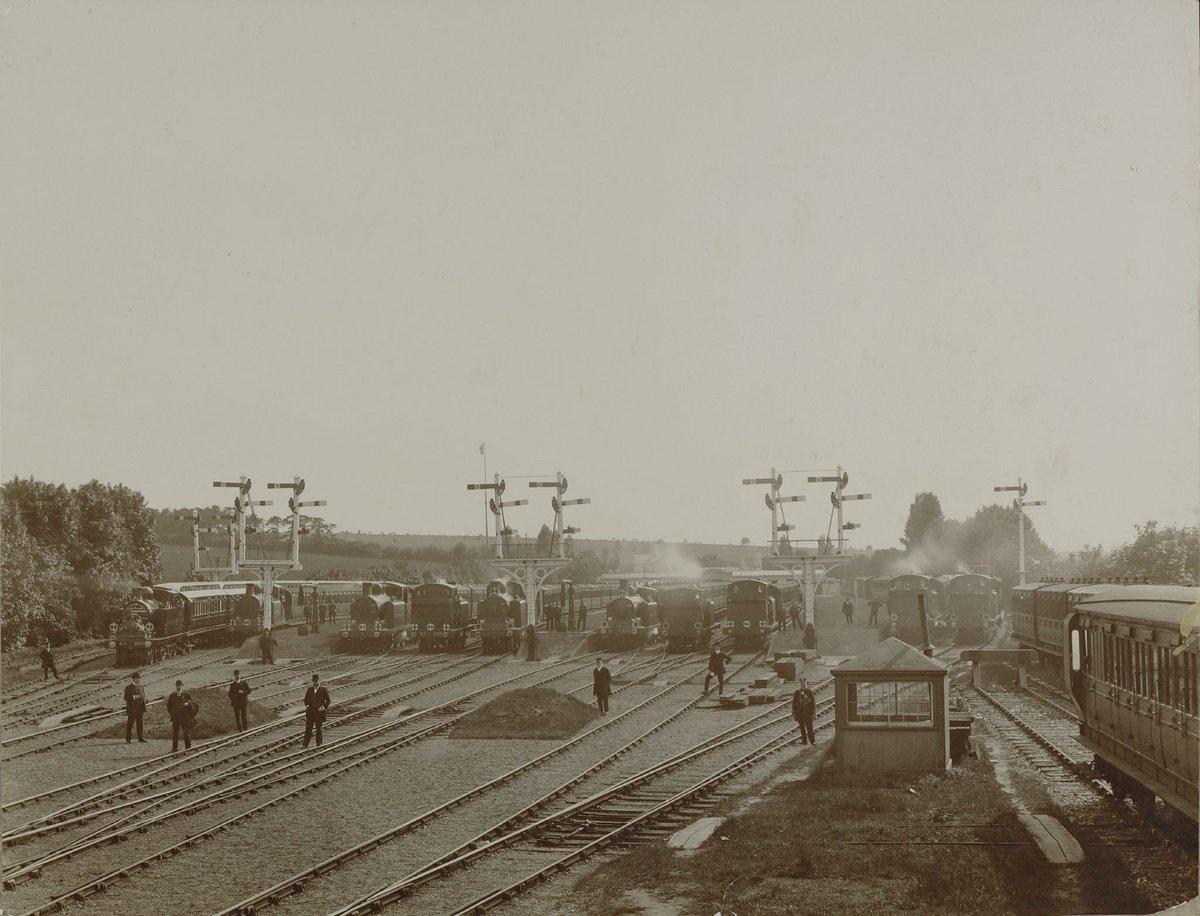 DreuewFXgAE7DNs?format=jpg - Tinpot Railways: Terminal decline #2
