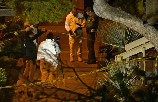 Former #Kaneohe #Marine fatally shoots 12 in California bar before killing himself @USMC https://t.co/bQjAaNKH4R