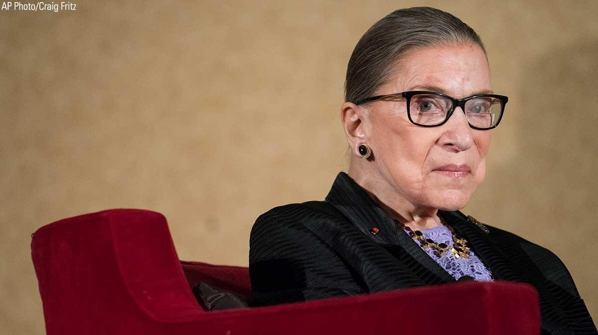 Supreme Court Justice Ruth Bader Ginsburg fractures 3 ribs in fall https://t.co/jc3dFhzROX https://t.co/tekiu63qks