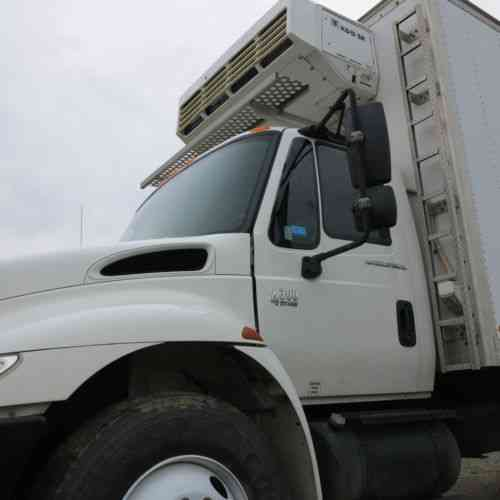 International 4300 Truck Owner Manual