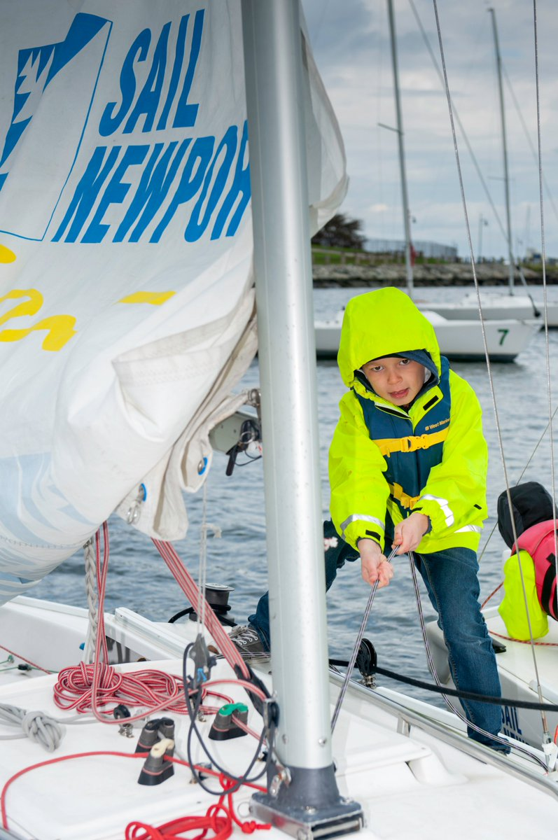 US Sailing is also proud to work alongside organizations like @11thHourRacing on #STEM initiatives through the US Sailing Reach initiative. Take some time to learn more about Reach on #NationalSTEMDay! ➕➖➗ https://t.co/V0NfWzMS5Z