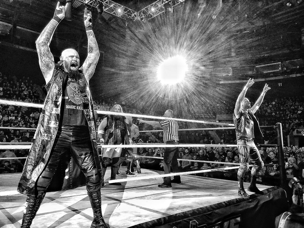 Nottingham 🇬🇧 #WWELive last night was #TooSweet. Tonight , one of my favorite cities in the World , London, 🇬🇧 for #WWELive #TheBoys came into the #SmackDownLiveEuropean tour Hot 🔥 @WWE