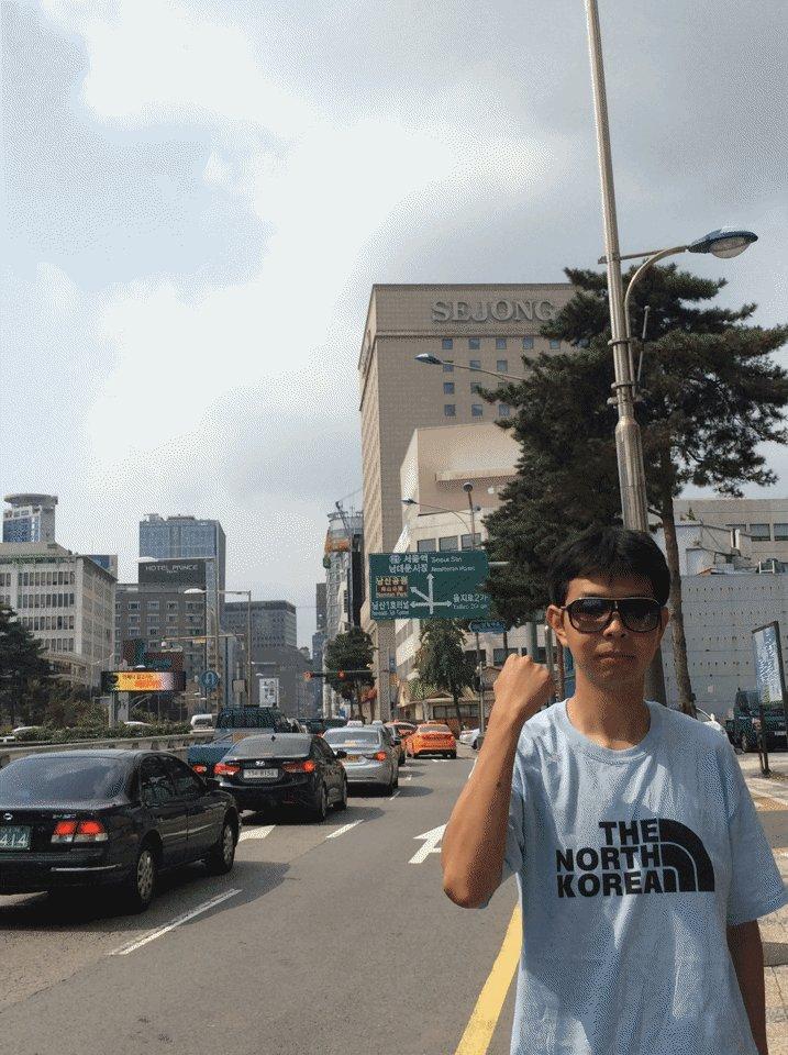 「原爆Tシャツ何が悪い」と言うが、南朝鮮でこのシャツ着て歩いてたら何度も因縁付けられたぞ。